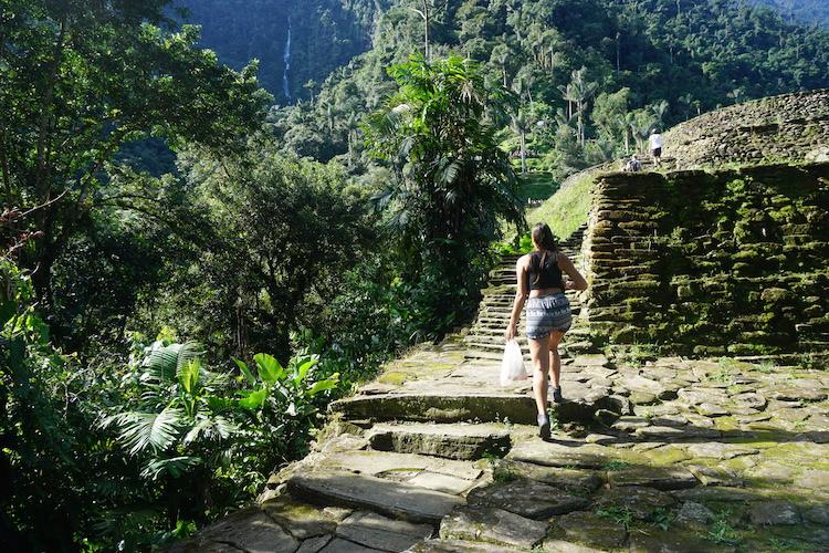 Wandeling naar top verloren stad in colombia