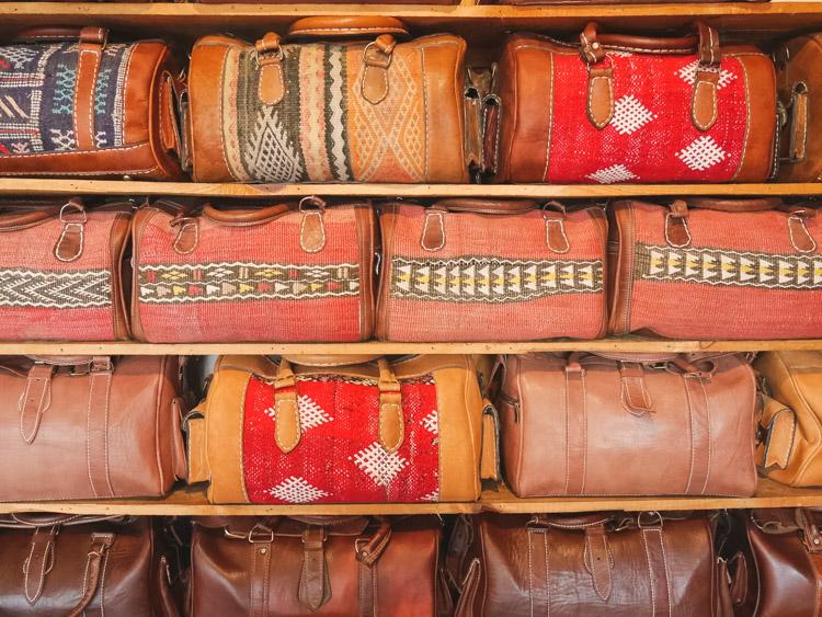 Wat doen in marrakech leerlooierij tassen leer_