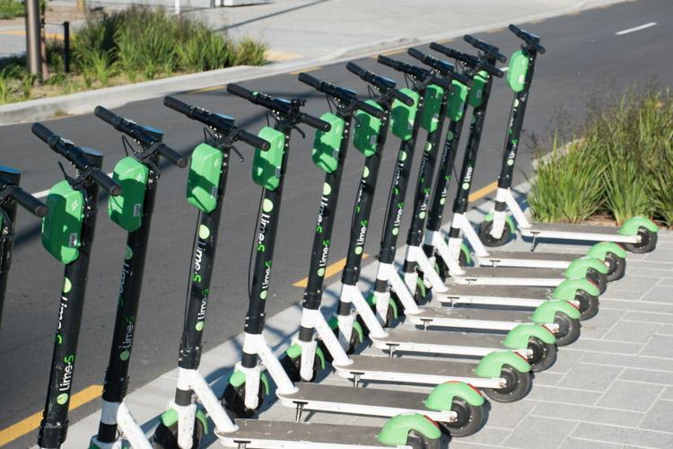 Wat te doen in Christchurch Nieuw Zeeland Lime scooters