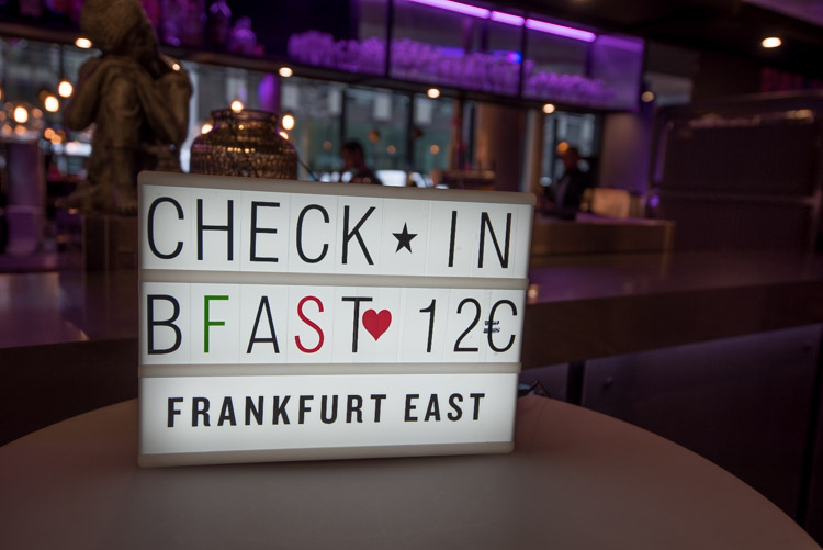 Wat te doen in Frankfurt winter moxy east hotel