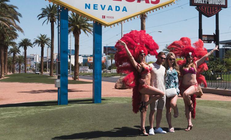 Wat te doen in Las Vegas op de foto dansers