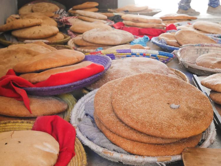 Wat te doen in Marrakech kookcursus brood bakken