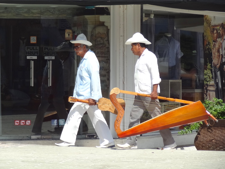 Wat te doen in Playa del Carmen straatmuzikanten