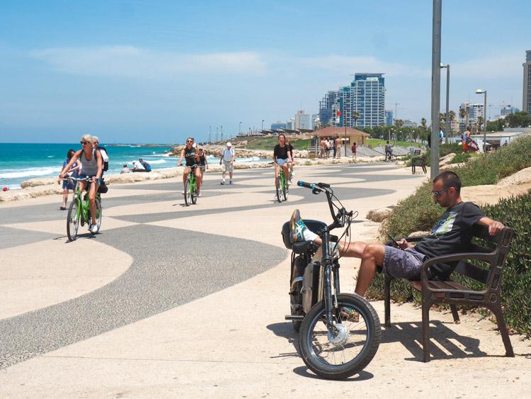 Wat te doen in Tel Aviv fietsen strand