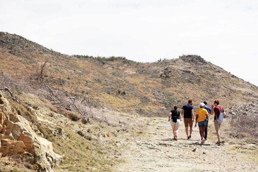 Wat te doen op Sint-Maarten activiteiten Point Blanche hike