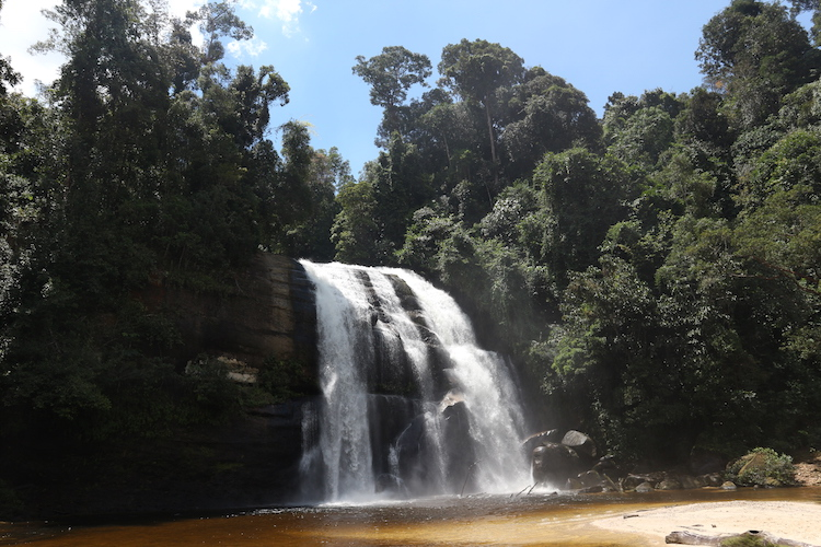 Waterval in west-kalimantan borneo