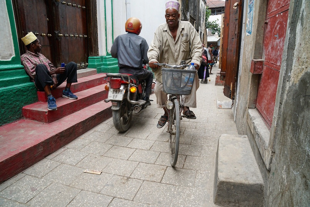 Zanzibar backpacken straten