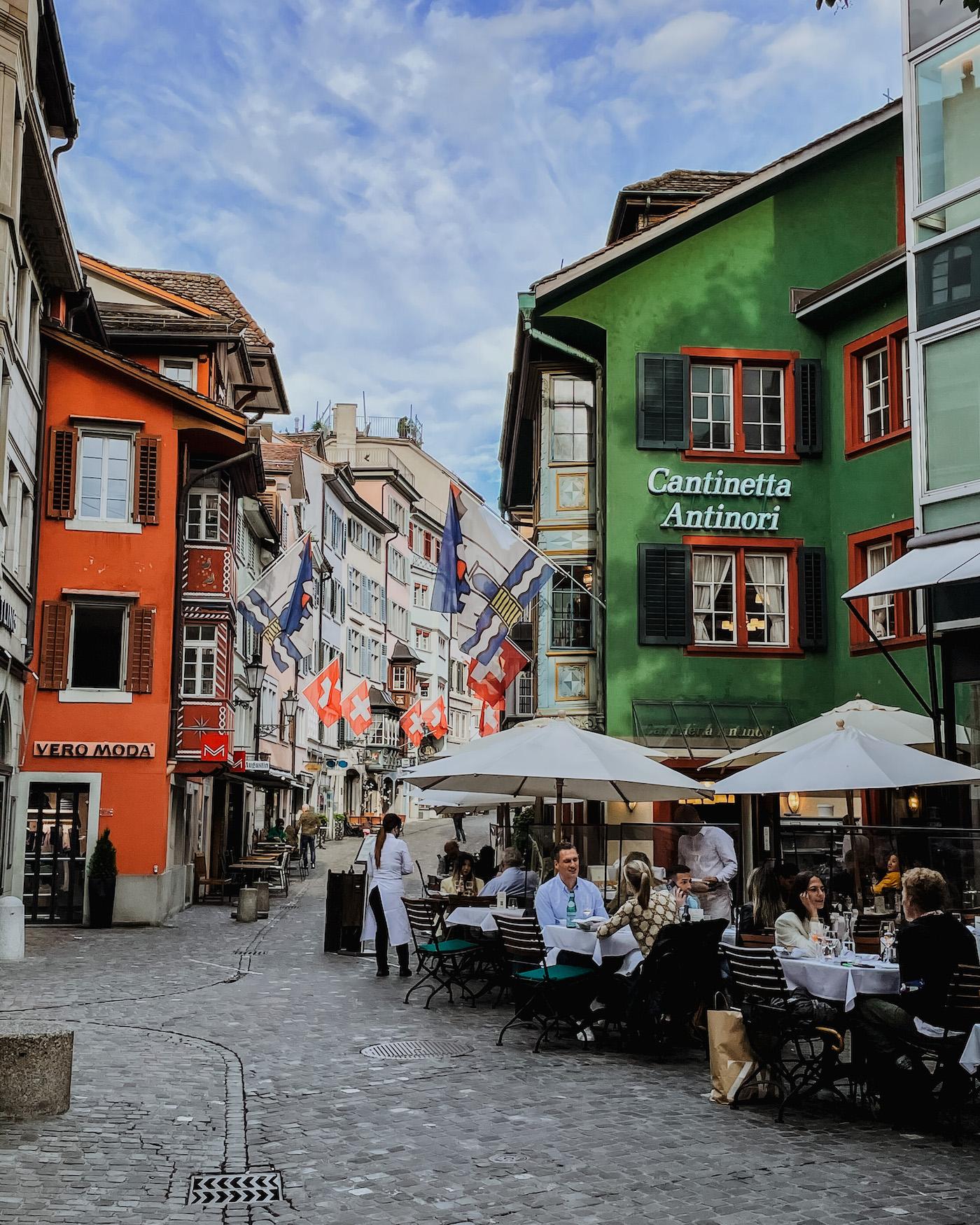 Zurich straatje zwitserland Augustinergasse