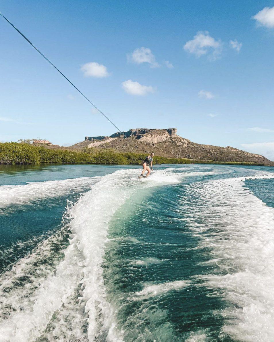 activiteiten curacao wakeboarden