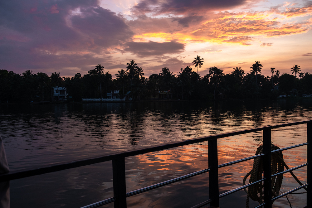 aleppey zonsondergang india allepey