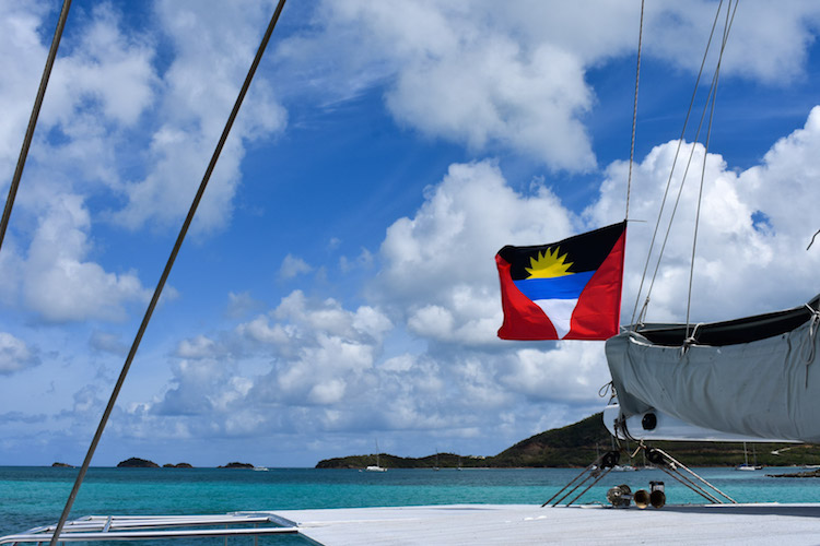 antigua chase the race antigua sailing week vanaf de boot-3