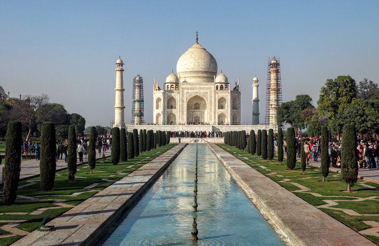 backpack route India Taj Mahal