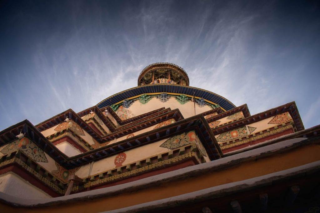 backpacken tibet detail gebouw