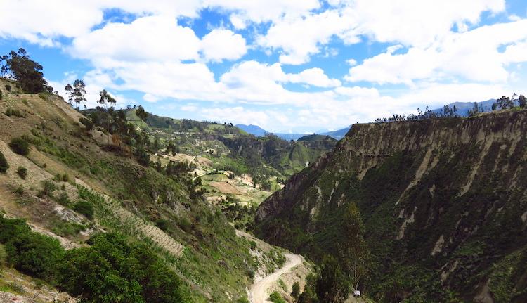 bergen quilotoa lake ecuador loop