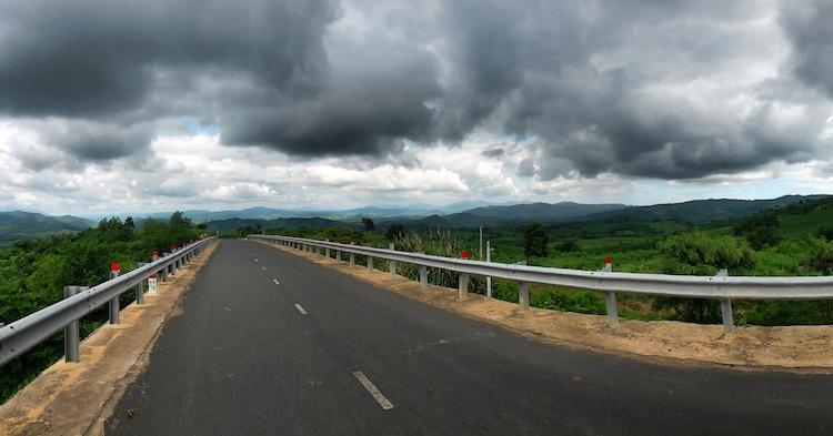bewolking regenseizoen fietsen vietnam