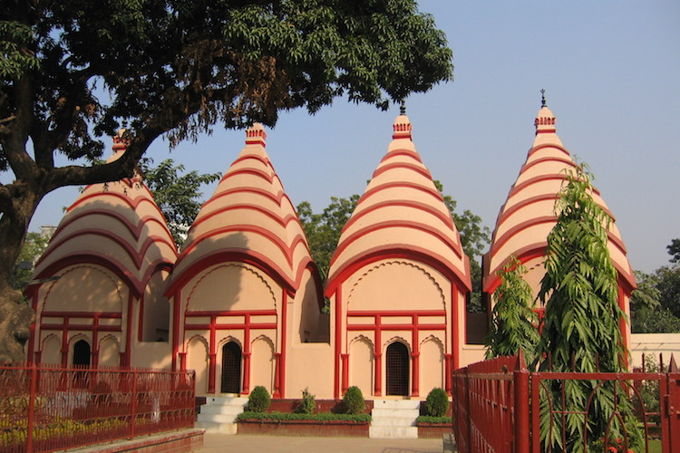 bezienswaardigheden bangladesh Dhakeshwari tempel