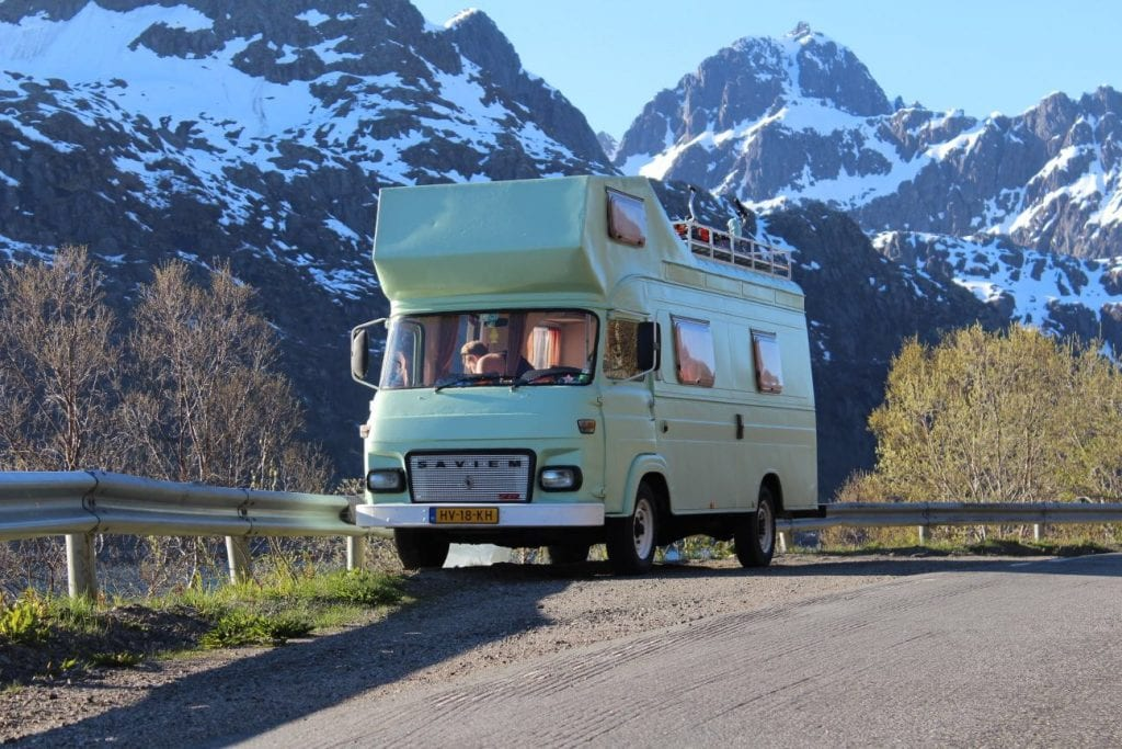 camper groen noorwegen roadtrip