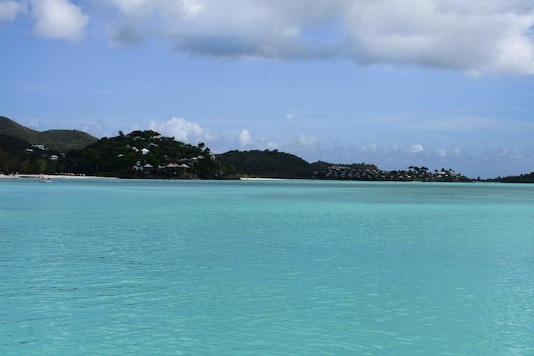 eiland antigua barbuda blauwe zee