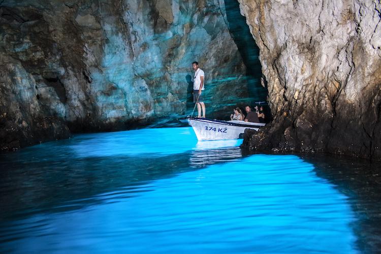eiland vis kroatie blue cave