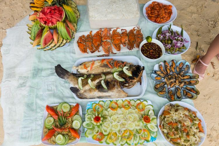 eten-tijdens-tours-palawan-1