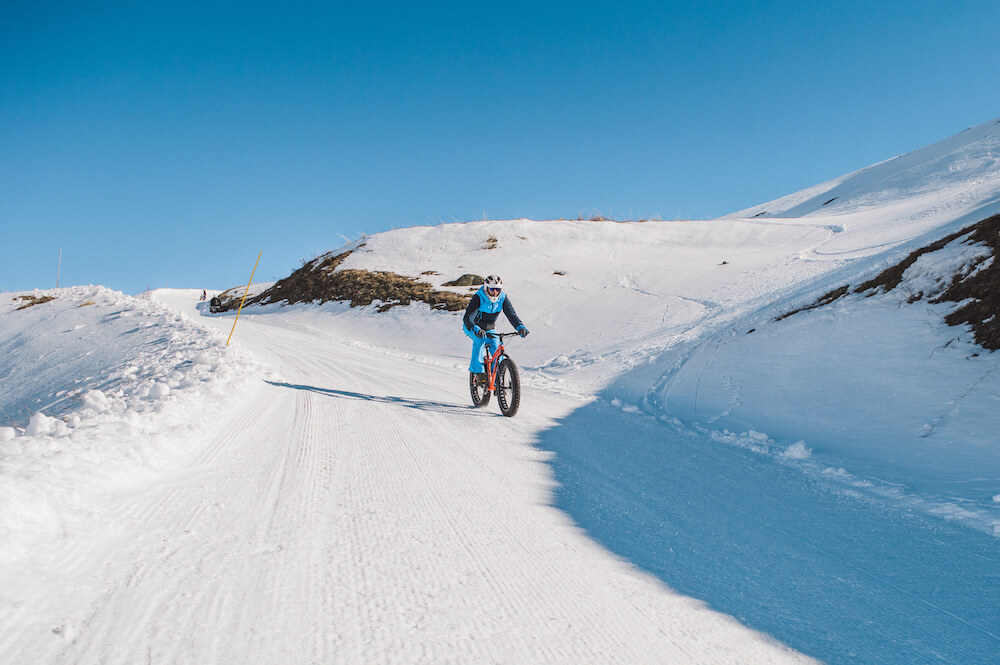 fatbiken sneeuw in les menuires
