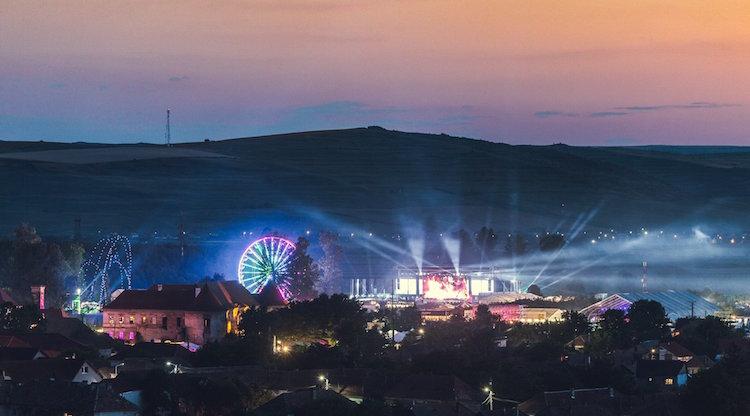 festival in roemenie castle