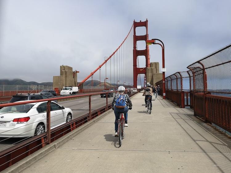 fietsen in san francisco over golden gate