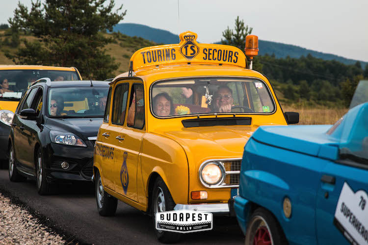 grappige auto's The Budapest Rally