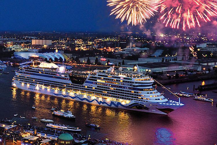 hamburg cruise days vuurwerk