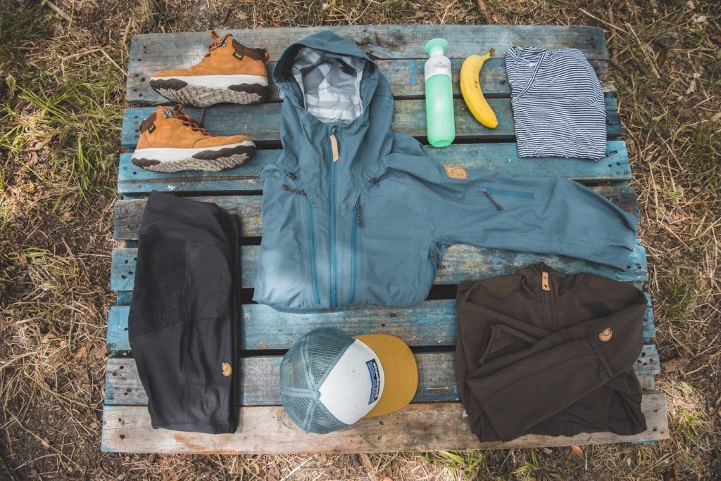 backpack inpakken koffer hike kleding