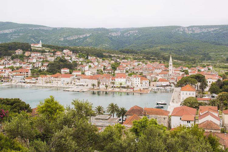 hoppen kroatie Hvar Jelsa eilandjes