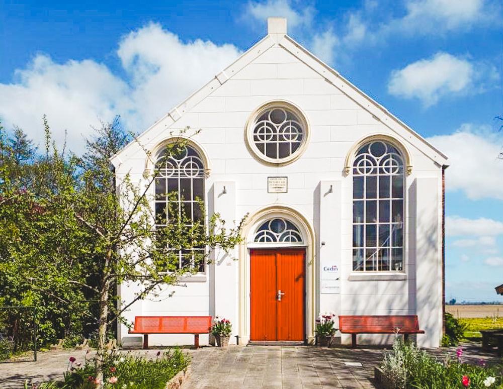 huisje in de natuur kerk