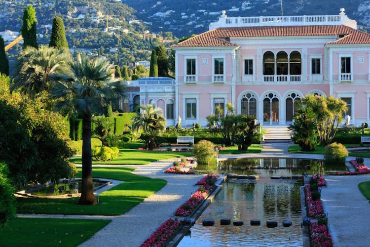 Jardin villa ephrussi de rothschild we are travellers for Jardin villa rothschild