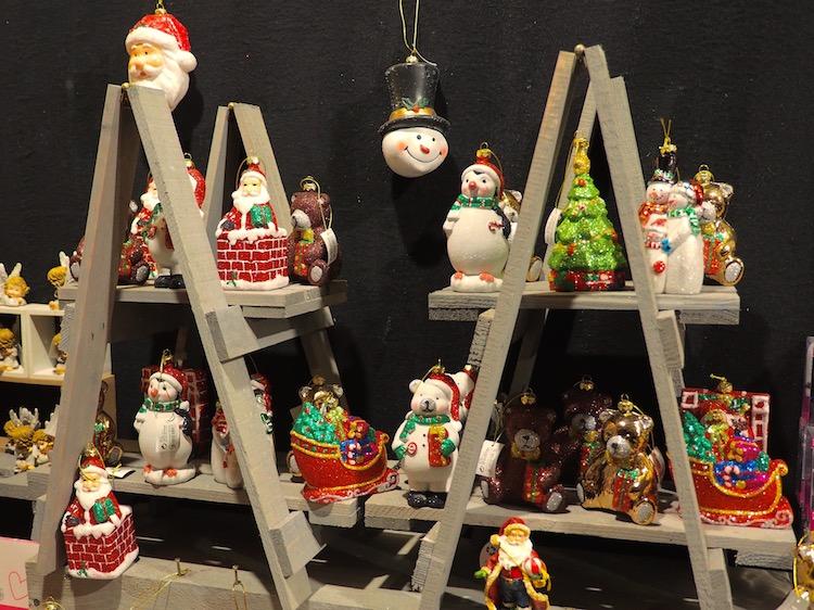 kerst-heerlen-Op-de-kerstmarkt-in-Valkeburg