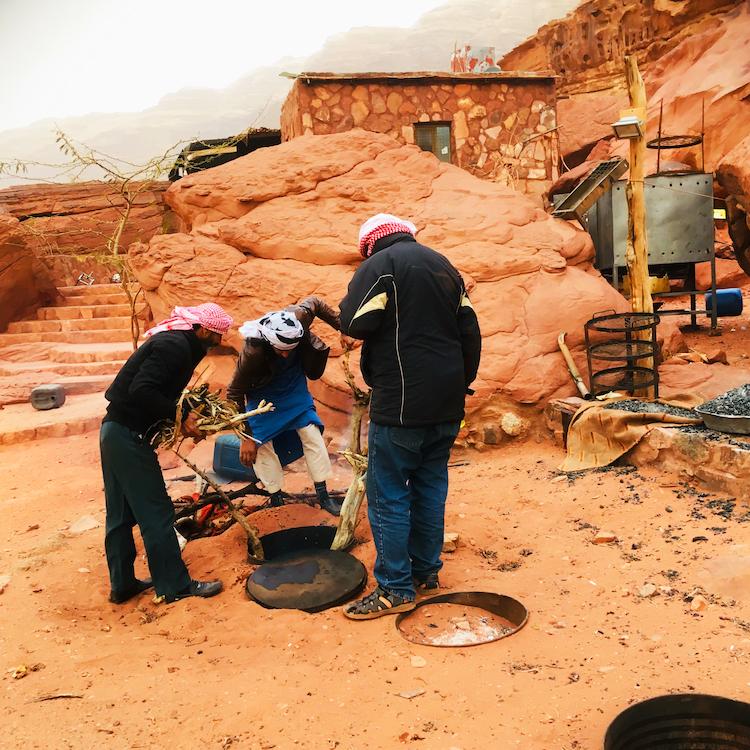 koken in de woestijn wadi rum