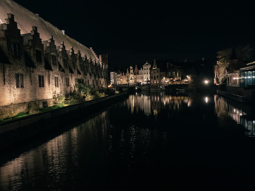 lichtjesroute wandelen gent avond