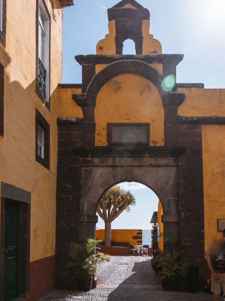 madeira bezienswaardigheden St. Tiago fortress