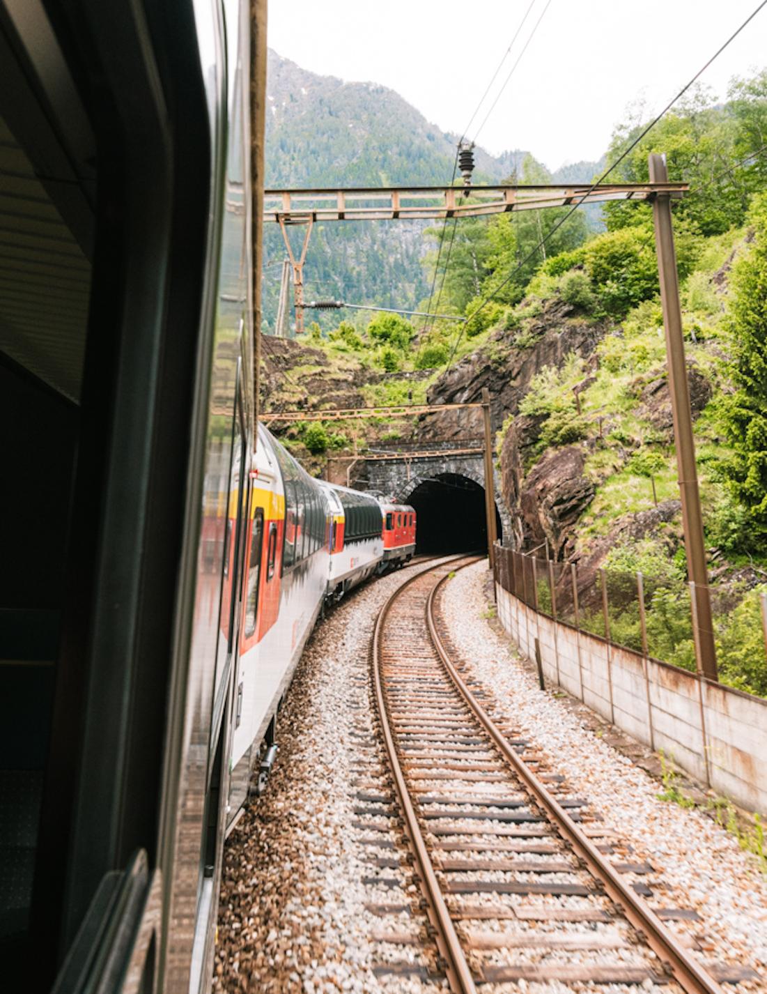 met de trein naar zwitserland_