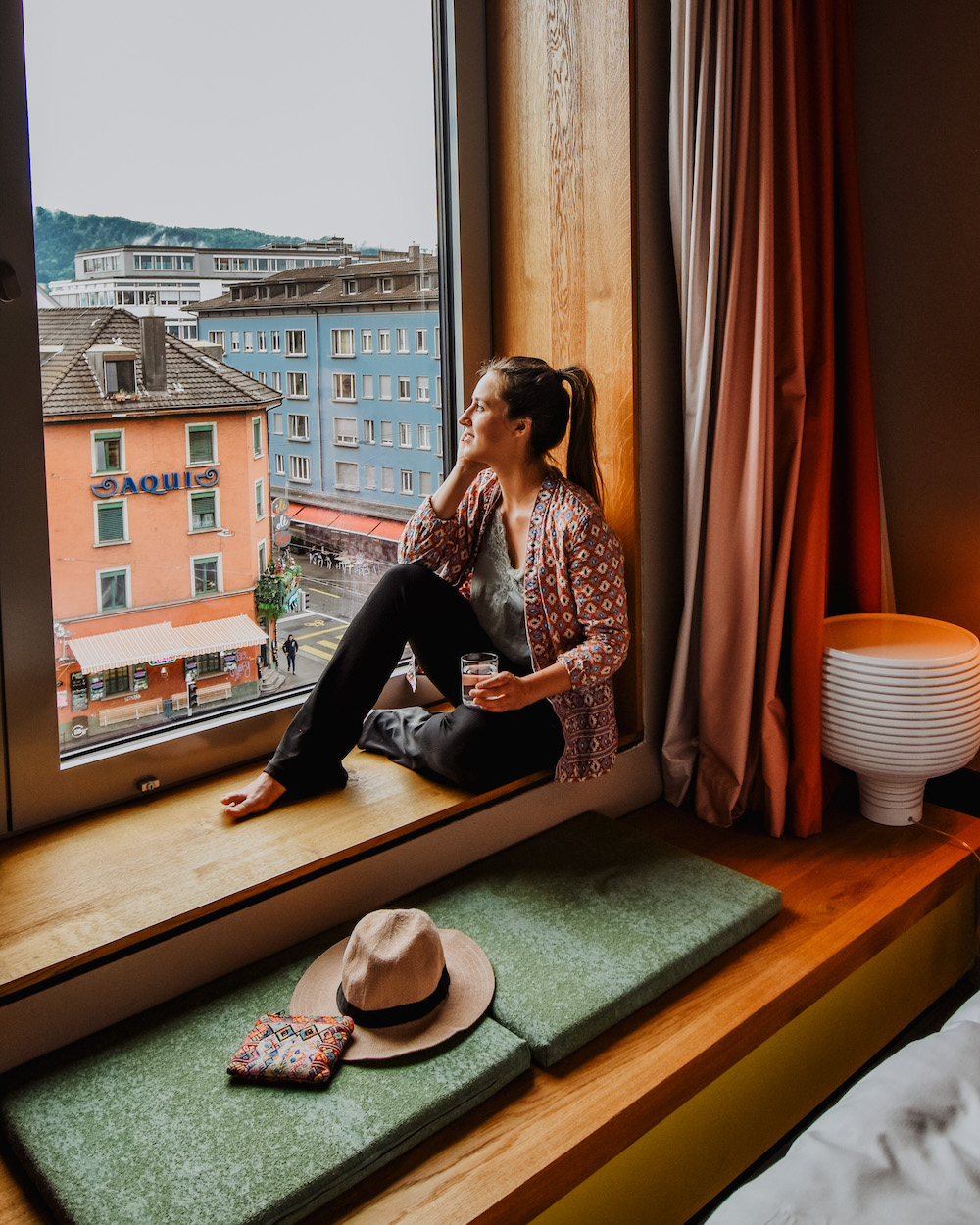 naar zwitserland met de trein Zurich 25 hours hotel