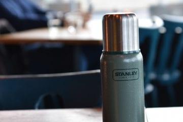 paklijst wintersport inpakken Stanley thermosfles