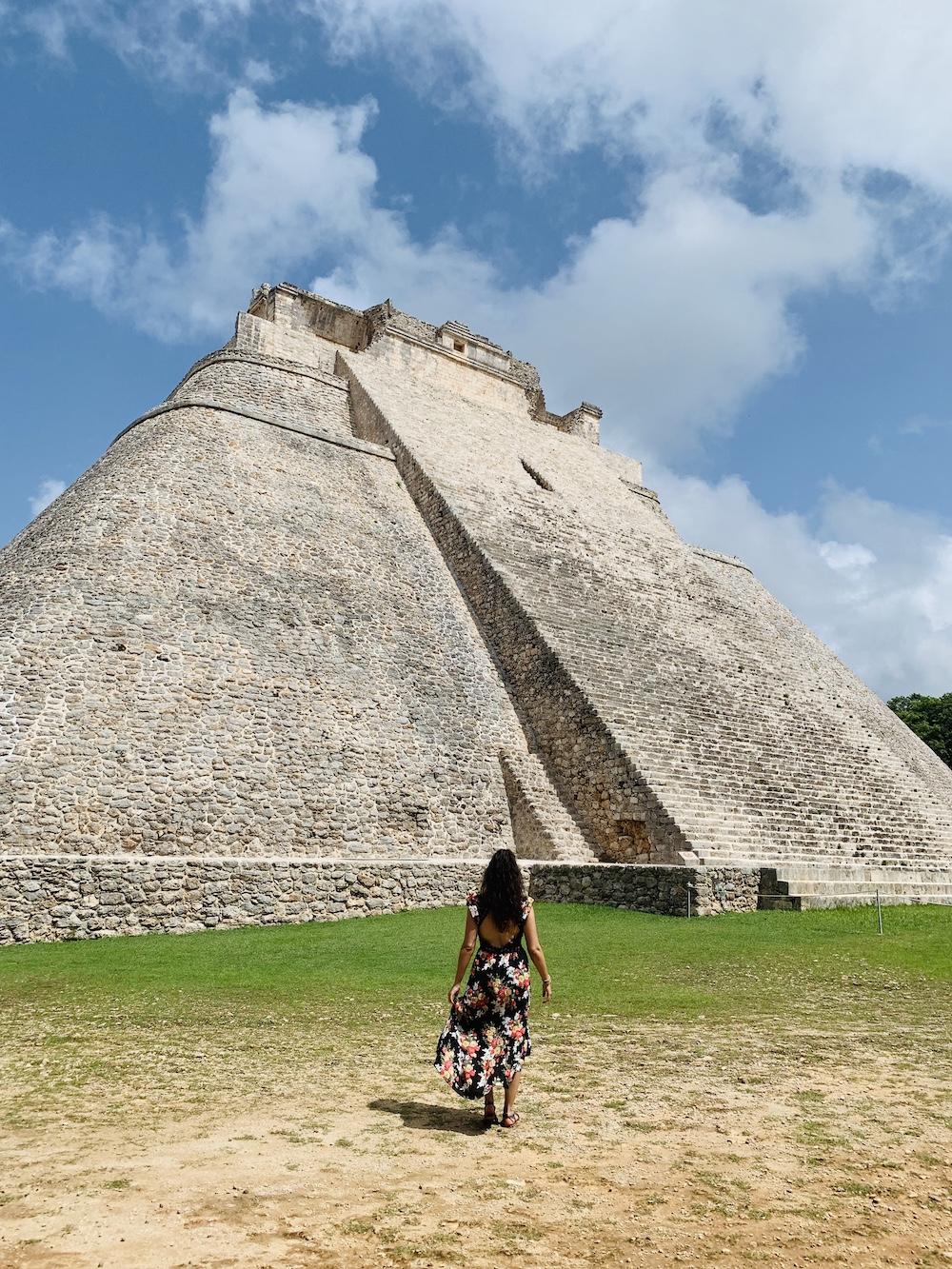 piramide van de tovenaar uxmal