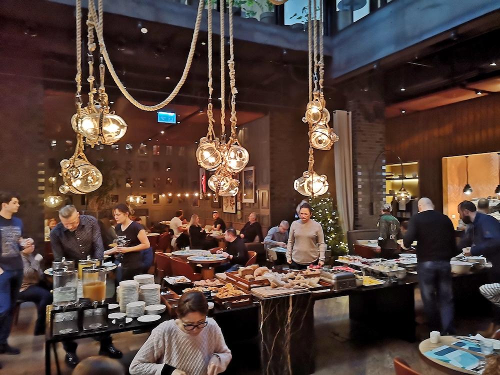 puro Hotel gdansk ontbijt