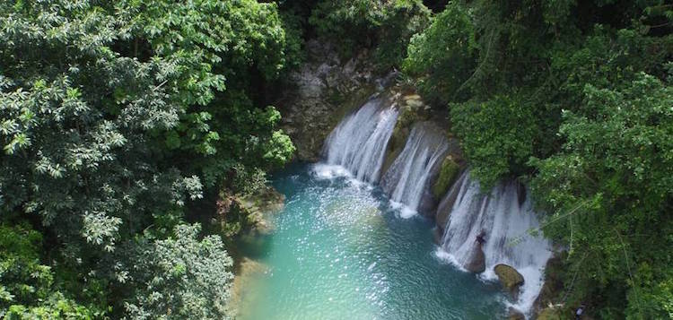 reach falls view watervallen jamaica