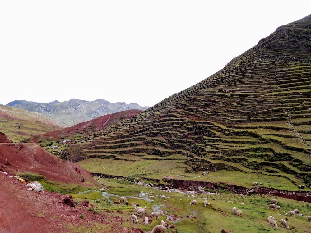 regenboogberg peru rainbow mountains