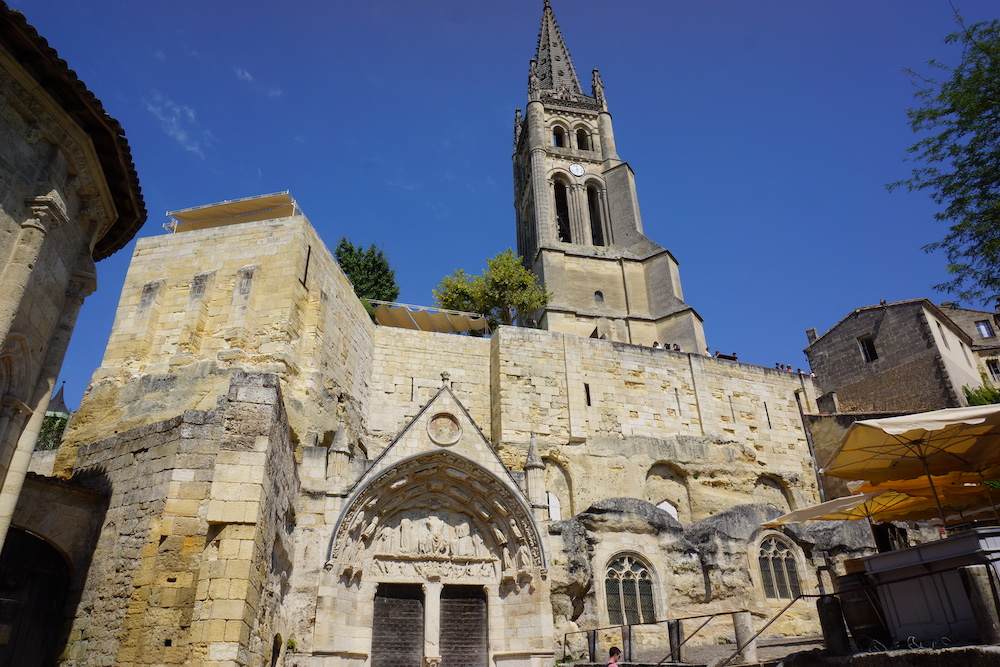 roadtrip zuid frankrijk dordogne bordeaux Kerk Saint-Émilion