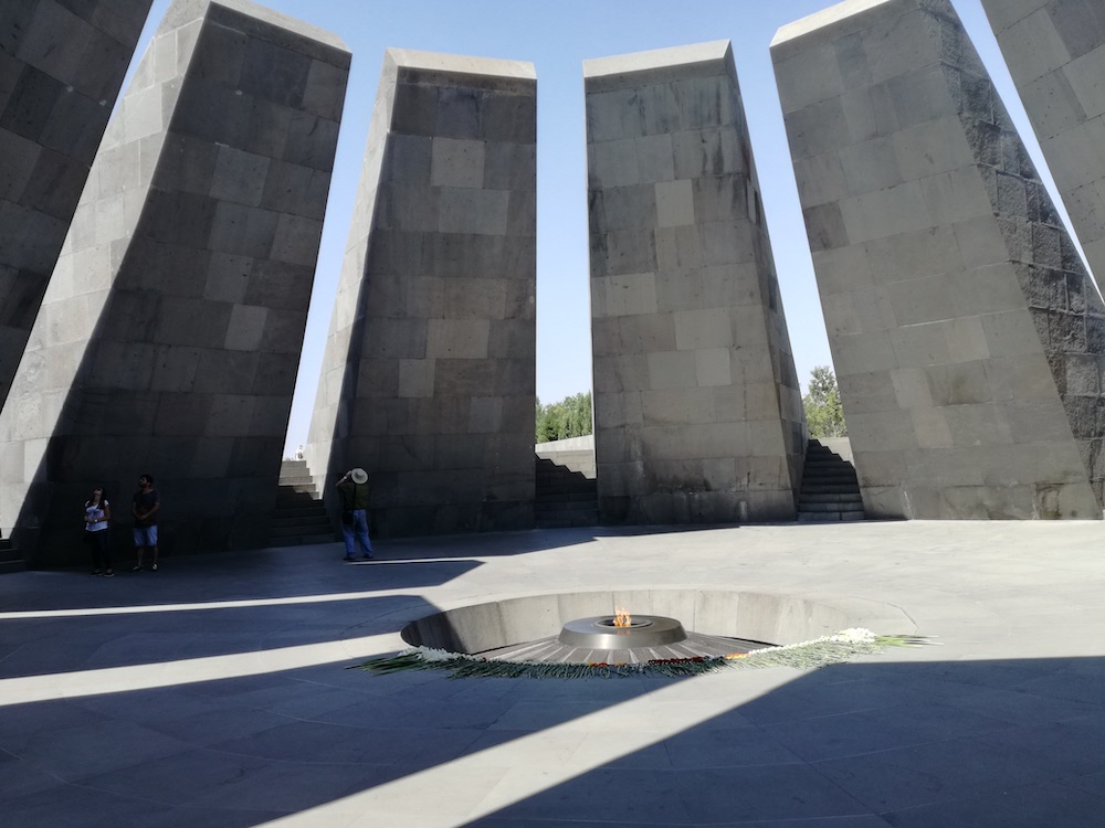 rondreis georgie armenie azerbeidzjan genocide monument armenië
