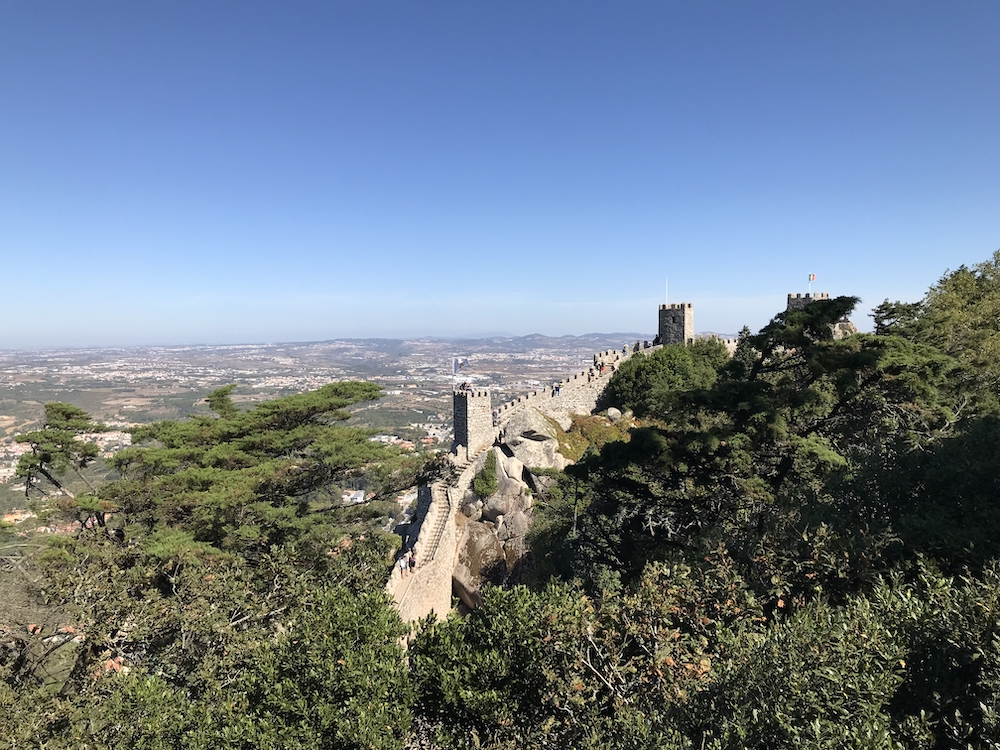 sintra portugal tips Castelo dos Mouros