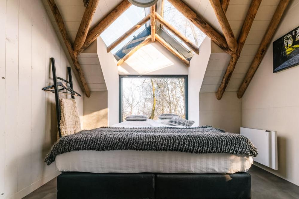 slaap in een boomhut in nederland
