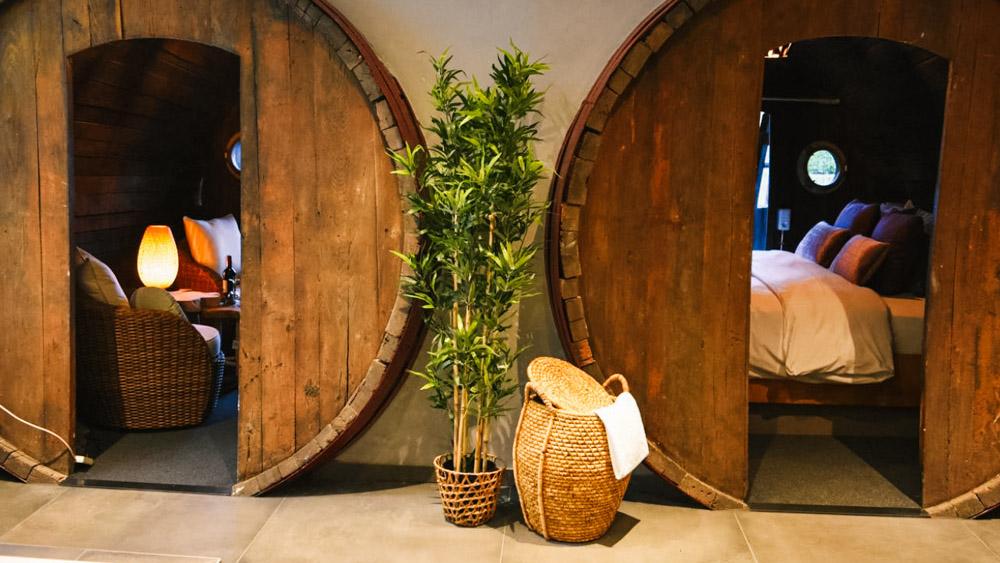 slapen in een wijnvat in stavoren