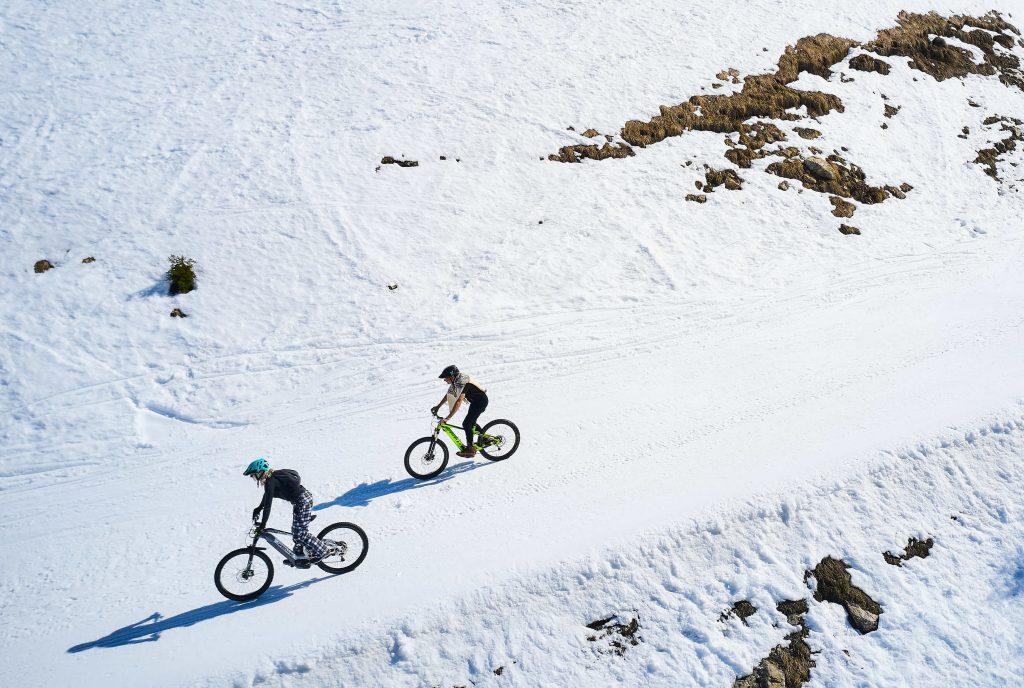 snowbike wintersport trein frankrijk